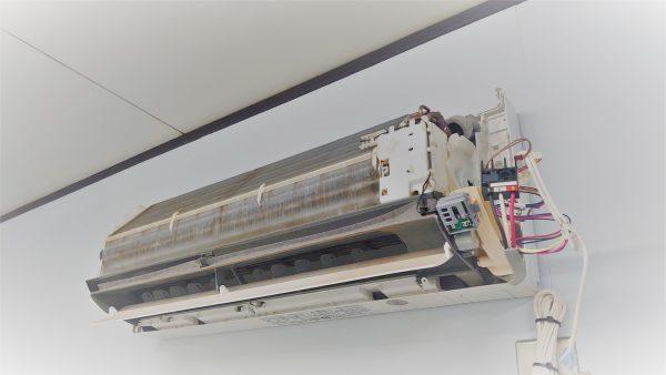 100Vのエアコンに200Vの電圧を印可たらどうなるのか?サムネイル